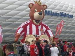 An image of Allianz Arena uploaded by oldboy