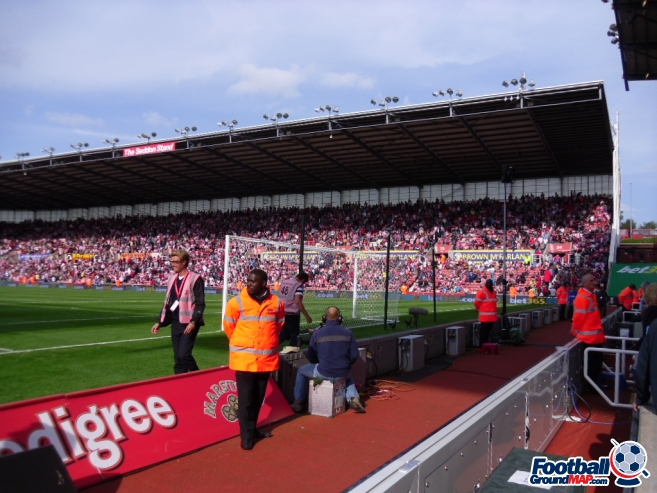A photo of bet365 Stadium (The Britannia Stadium) uploaded by smithybridge-blue