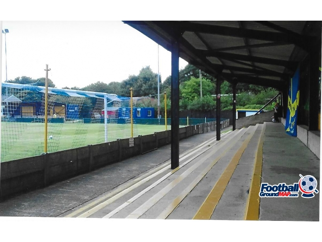 A photo of Cantilever Park uploaded by rampage