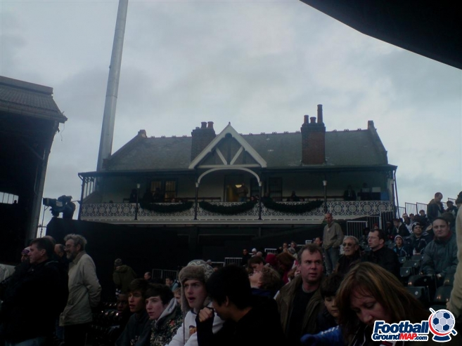 A photo of Craven Cottage uploaded by machacro