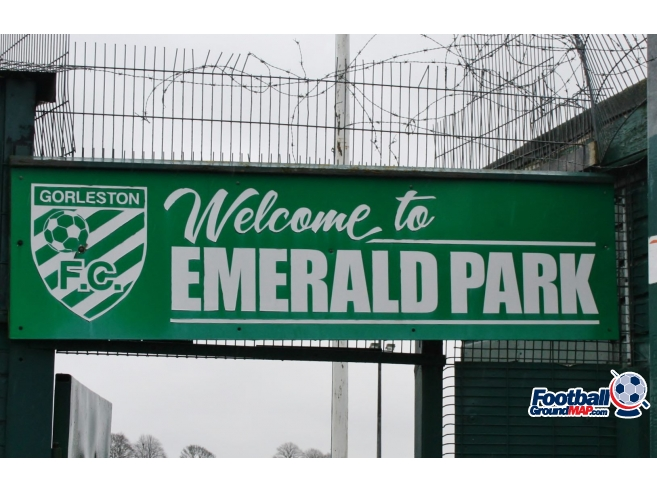 A photo of Emerald Park uploaded by johnwickenden