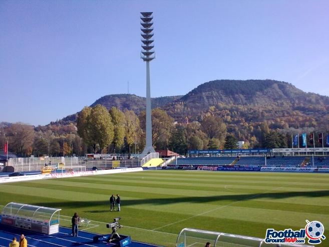 A photo of Ernst-Abbe-Sportfeld uploaded by rivington