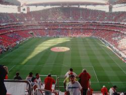 An image of Estadio da Luz uploaded by garycraggs