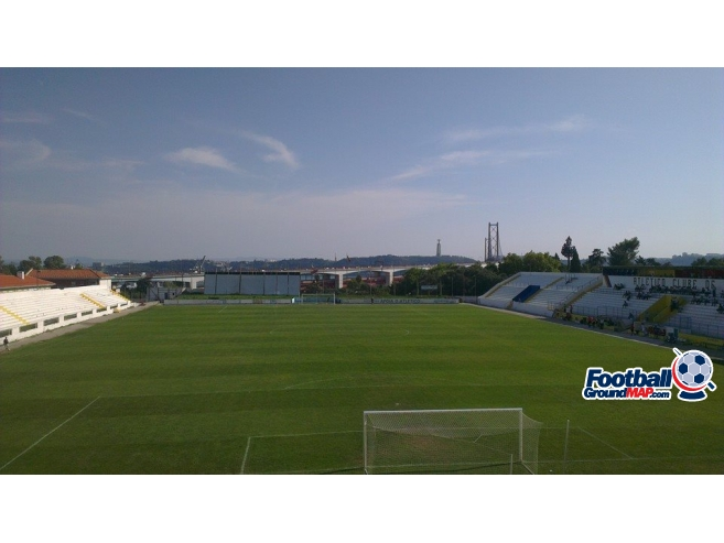A photo of Estadio da Tapadinha uploaded by kai