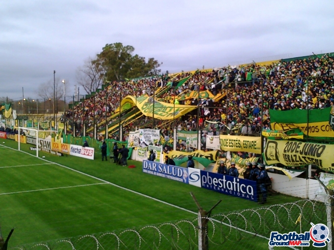 A photo of Estadio Norberto Tito Tomaghello uploaded by marcos92uk