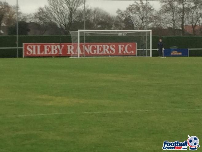 A photo of Fernie Fields Sportsground uploaded by foxyusa