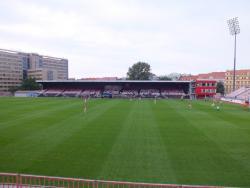 eFotbol arena