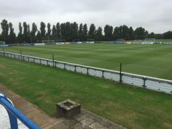 An image of Harlington Sports Ground uploaded by andy-s
