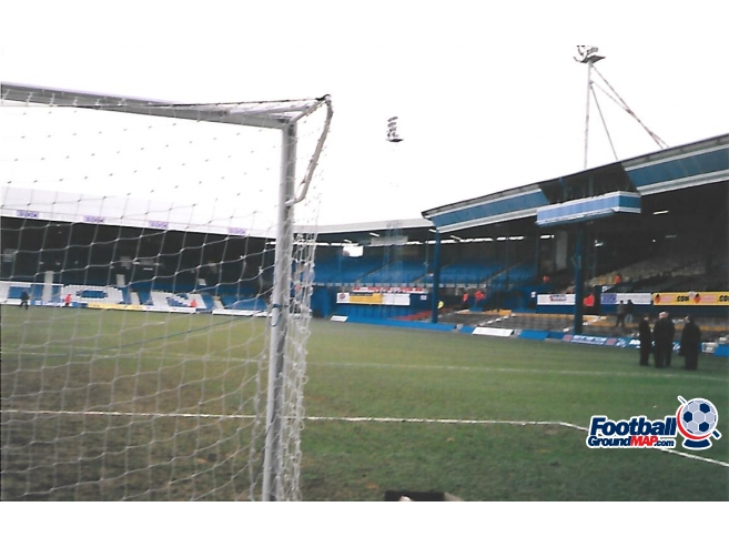 A photo of Kenilworth Road uploaded by rampage