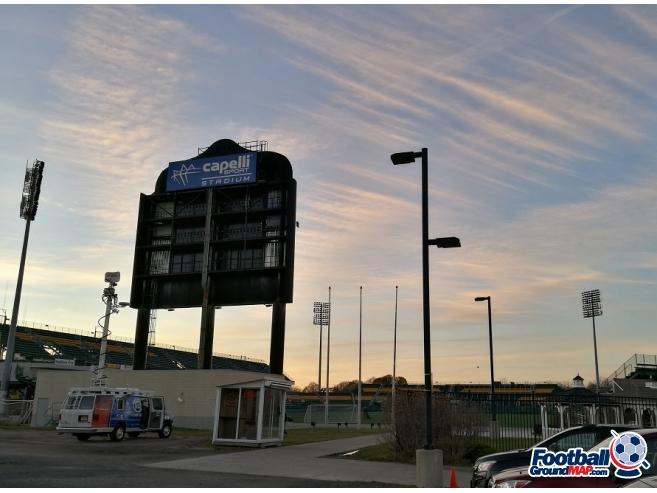 A photo of Marina Auto Stadium uploaded by corbenraccoon