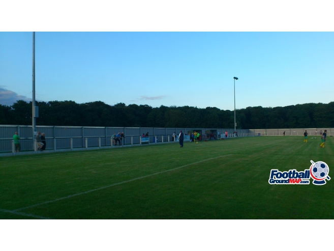 A photo of Millbank Linnets Stadium uploaded by biscuitman88