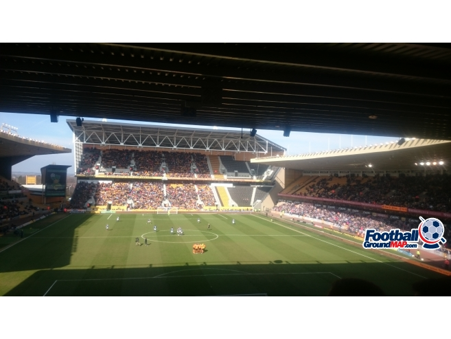 A photo of Molineux uploaded by biscuitman88