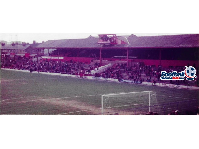 A photo of Oakwell uploaded by rampage