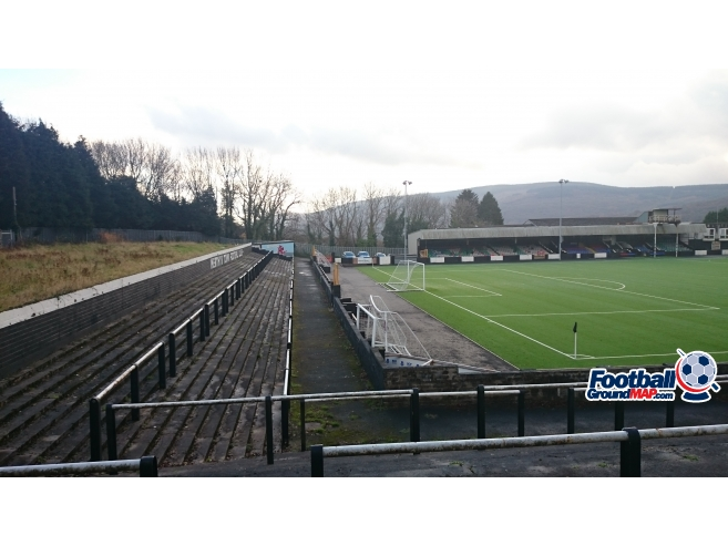 A photo of Penydarren Park uploaded by biscuitman88