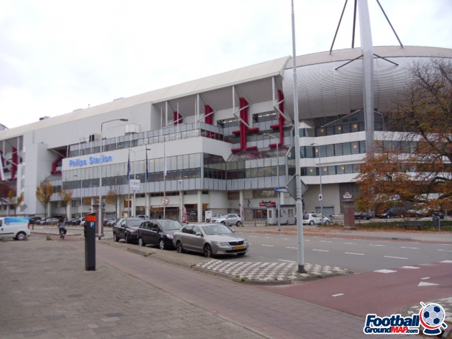 A photo of Philips-stadion uploaded by smithybridge-blue