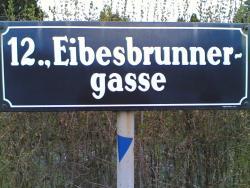 Platzanlage Eibesbrunnergasse - Nebenplatz