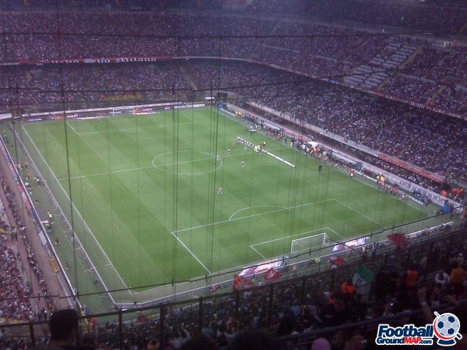 A photo of San Siro (Stadio Giuseppe Meazza) uploaded by dannyptfc