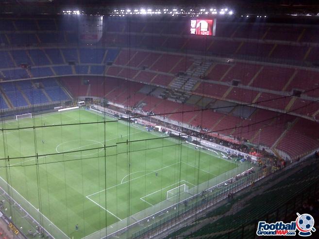 A photo of San Siro (Stadio Giuseppe Meazza) uploaded by dannyptfc