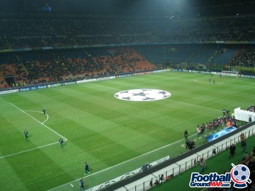 A photo of San Siro (Stadio Giuseppe Meazza) uploaded by adamtruman