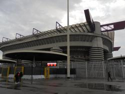 An image of San Siro (Stadio Giuseppe Meazza) uploaded by trebor