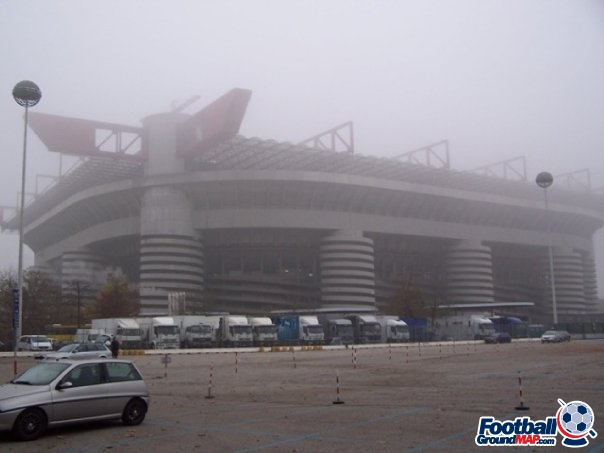 A photo of San Siro (Stadio Giuseppe Meazza) uploaded by facebook-user-100186