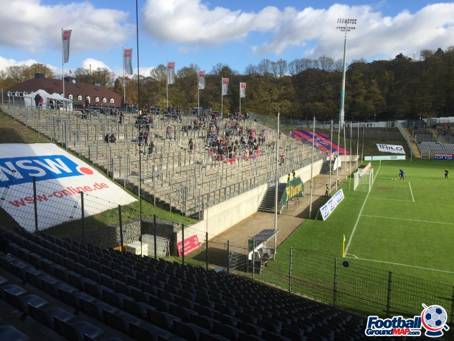 A photo of Stadion Am Zoo uploaded by andy-s