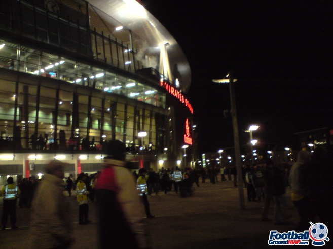 A photo of The Emirates Stadium uploaded by alan8412