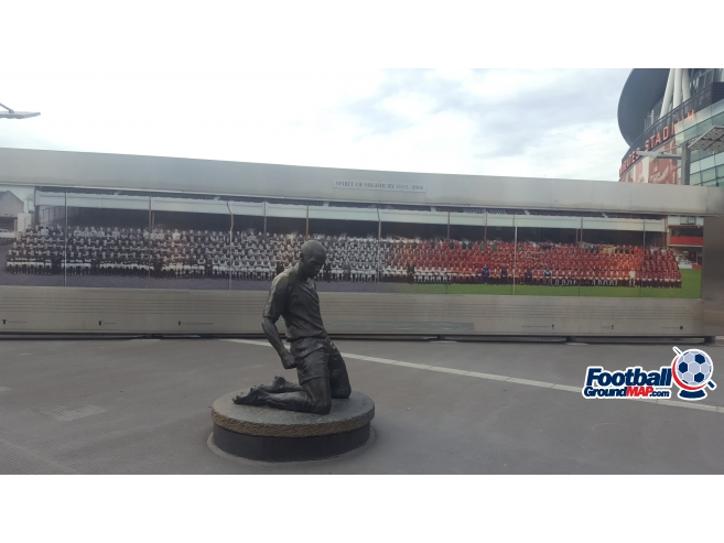 A photo of The Emirates Stadium uploaded by totalrecoyle