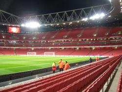 An image of The Emirates Stadium uploaded by hertsspireite