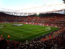 An image of The Emirates Stadium uploaded by covboyontour1987