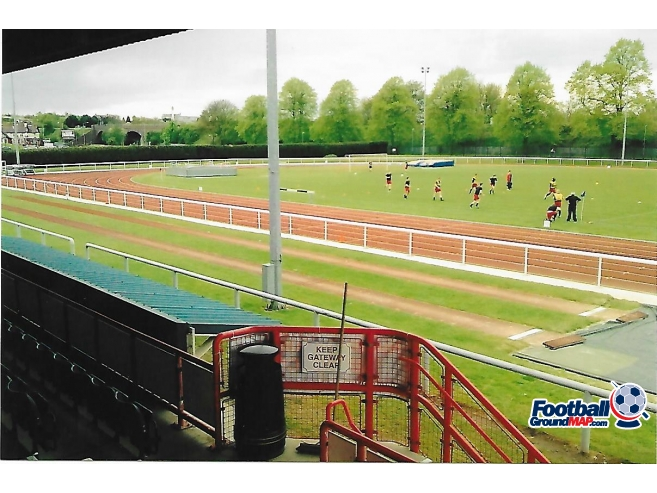 A photo of The Pingles Stadium uploaded by rampage