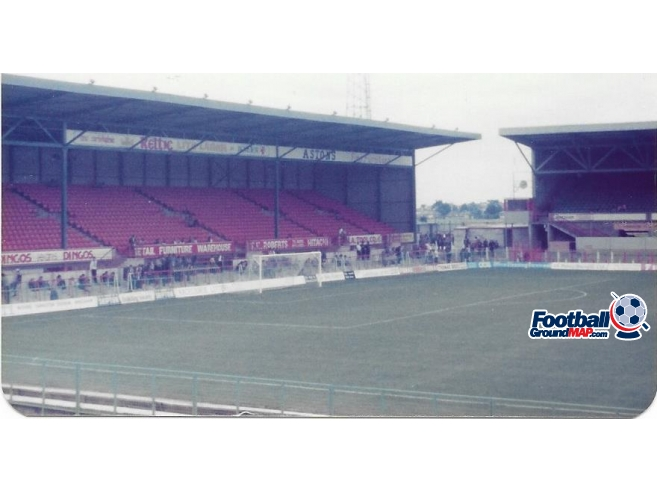 A photo of The Racecourse Ground uploaded by rampage