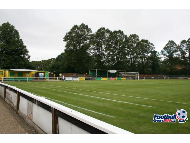 A photo of Top Field uploaded by johnwickenden