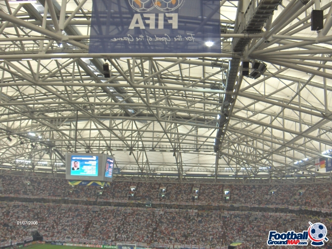 A photo of Veltins-Arena uploaded by simon