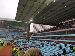 An image of Villa Park uploaded by stowtractorboy01