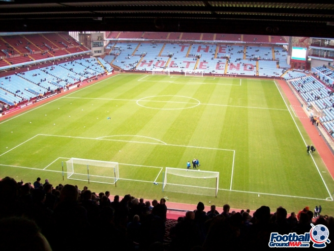 A photo of Villa Park uploaded by chunk9
