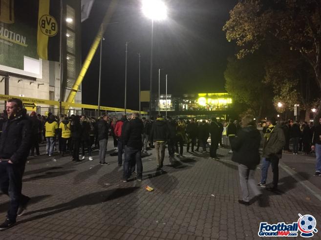A photo of Westfalenstadion (Signal Iduna Park) uploaded by andy-s