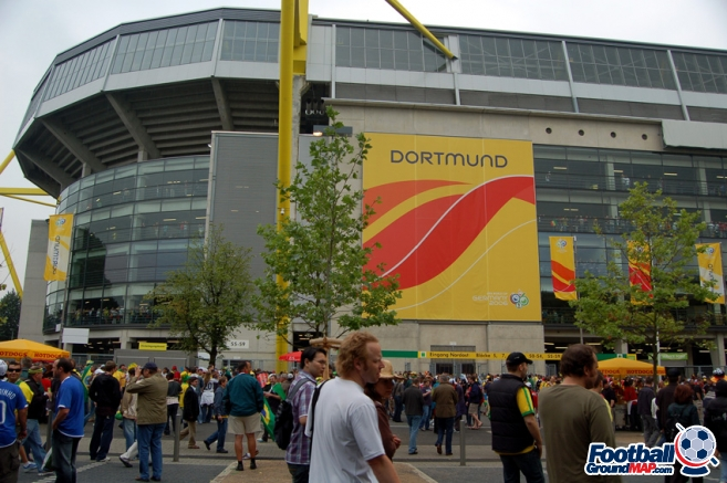 A photo of Westfalenstadion (Signal Iduna Park) uploaded by newrynyuk