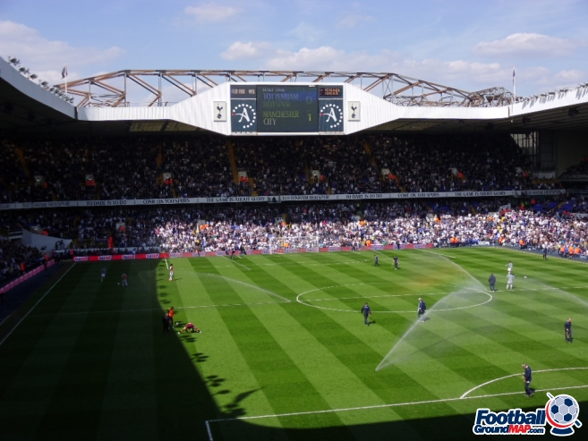 A photo of White Hart Lane uploaded by smithybridge-blue