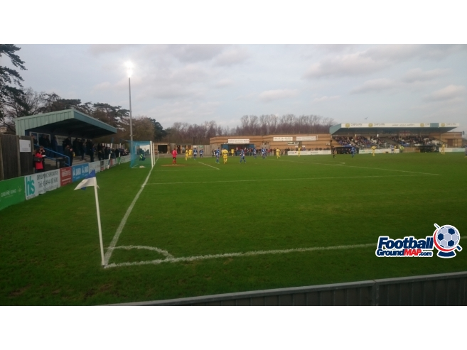 A photo of Woodside Park (The ProKit Stadium) uploaded by biscuitman88