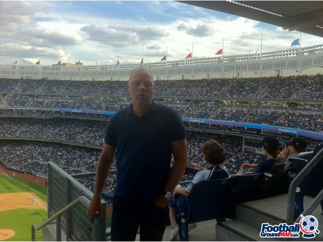 A photo of Yankee Stadium uploaded by herkedegroot