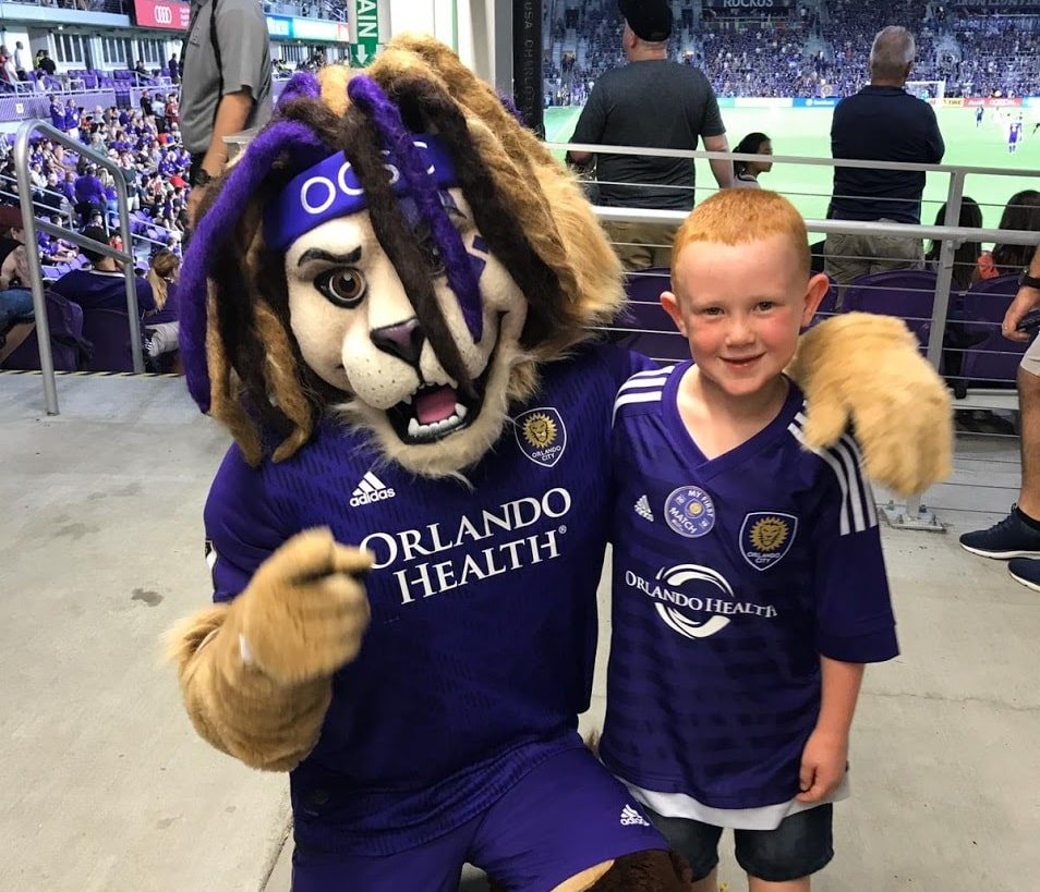 Alex and Kingston - Orlando's mascot