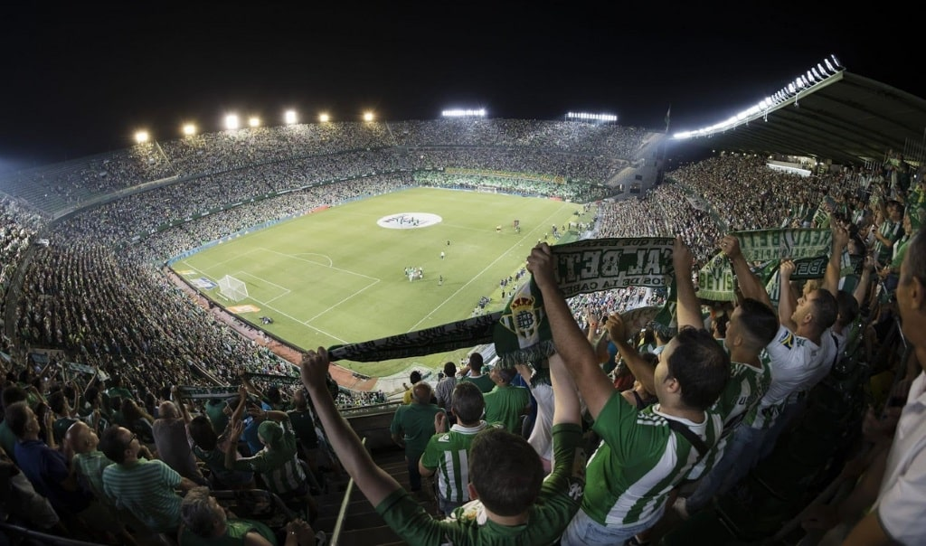 Estadio Benito Villamarin loading=